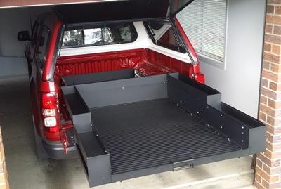 Colorado Ezi Reach sliding cargo tray