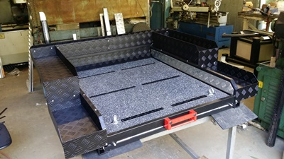Sliding cargo tray rubber mats
