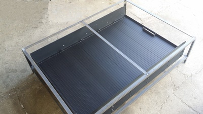 Sliding-tub-tray-in-steel-crate