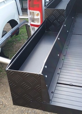 ute slide tray checker plate fronts