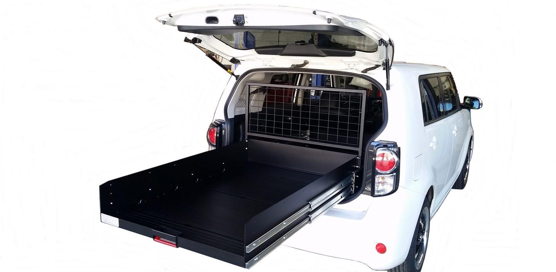 Custom cargo trays