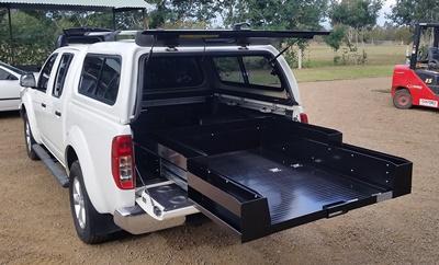 Ezi-reach-sliding-cargo-tray-Navara-D40