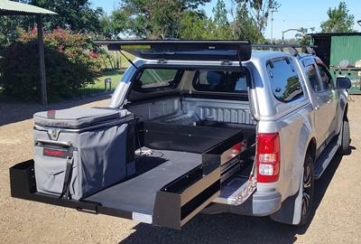 sliding-cargo-tray-ezi-reach