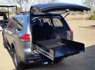 Mitsubishi-Challanger-Ezi-reach-cargo-tray