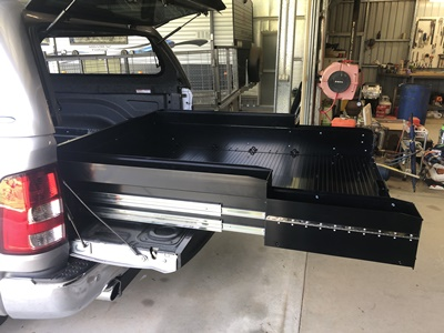 Ezireach-sliding-cargo-tray-Ram-1500-Laramie